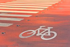 Free Bicycle Sign Royalty Free Stock Photos - 28250828