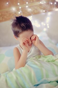 Free Boy In Bed Royalty Free Stock Images - 28252489