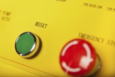 Free Reset And Stop Switches Royalty Free Stock Images - 28259869