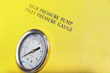 Free Pressure Gauge Royalty Free Stock Photos - 28259878
