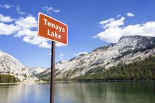 Free Tenaya Lake, Yosemite National Park Stock Images - 28268864