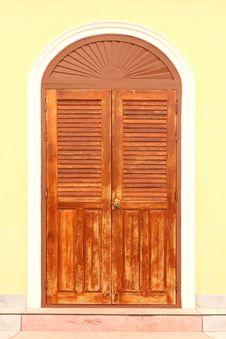 Free Wooden Door Royalty Free Stock Images - 28277269