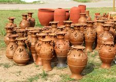 Free Pottery Earthware Royalty Free Stock Photo - 28279095