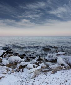 Free Winter Sea Stock Image - 28286871