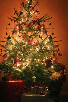 Free Christmas Tree Stock Photos - 28287163