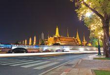 Free Wat Phra Kaew At Night And Street Stock Photos - 28289243