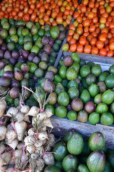 Free Fresh Fruit Display On Traditional Market Stock Image - 28290641