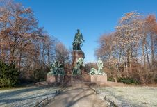 Free Bismarck Memorial, Berlin Royalty Free Stock Photography - 28292647