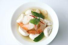 Free Tom Yum Royalty Free Stock Images - 28293359