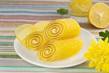 Free Yellow Candy Fruit On A Plate With Lemon And Flower Stock Photography - 28296312