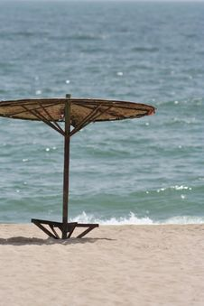 Free Umbrella On A Beach Stock Photography - 2832802