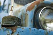 Free Blue Old-fashioned Car Stock Photo - 2838390