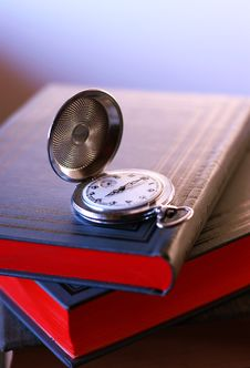 Free Old Pocket Watch Stock Images - 2838814