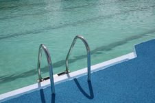 Free Ladder In Pool Stock Image - 2839311