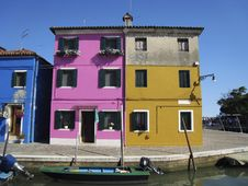 Free Homes On The Island Of Burano, Venice Royalty Free Stock Photography - 2839537