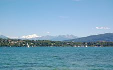 Free Yachting In Geneva Lake Royalty Free Stock Images - 2839989