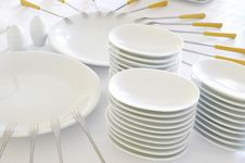 Free Empty Plates With Forks Royalty Free Stock Photos - 28308688