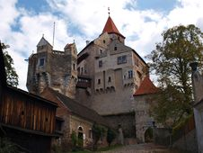 Free Medieval Castle Royalty Free Stock Photography - 28315687