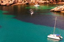 Free Cala Galdana Beach In Menorca, Spain Royalty Free Stock Image - 28328416