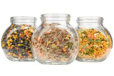 Free Glass Jars With Lentils, Rice And Split Peas Royalty Free Stock Photography - 28329967