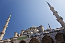 Free Sultanahmet Blue Mosque - Inner Court Royalty Free Stock Photography - 28342587