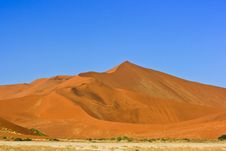 Free Sand Dune Royalty Free Stock Photography - 28352987
