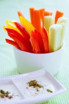 Free Crudites - Vegetable Sticks Royalty Free Stock Photography - 28357397
