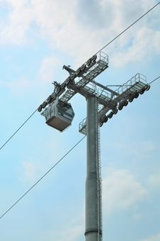 Free Cable Car And Pole On Sky Royalty Free Stock Photos - 28358178