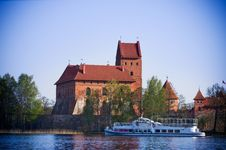 Free Trakai Castle Royalty Free Stock Images - 28358509