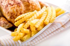 Free Crisp Golden Roast Chicken Royalty Free Stock Photography - 28369317