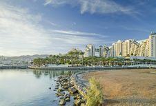 Free View On Hotels, Red Sea And Eilat, Israel Royalty Free Stock Image - 28369526