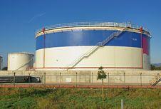 Free Fuel Storage Royalty Free Stock Image - 28371376