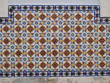 Free Traditional Tiles Royalty Free Stock Image - 28372526