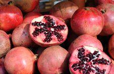 Free Pomegranates Stock Photography - 28382672