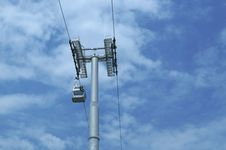 Free Cable Car And Pole On Sky Royalty Free Stock Photos - 28383008