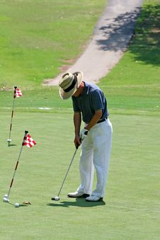 Free Practice Putt Stock Photos - 2841483