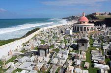 Free Puerto Rican Cemetary Royalty Free Stock Photo - 2842765