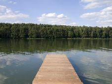 Free Pontoon Stock Image - 2843361