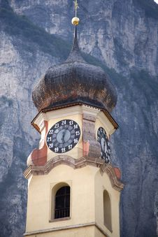 Free Church Clock Tower - Italy Royalty Free Stock Photos - 2843478