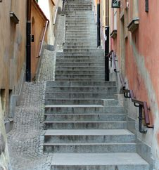 A Narrow Alley In Warsaw Royalty Free Stock Images