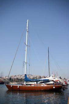 Free Luxurius Wooden Yacht Stock Photo - 2845210