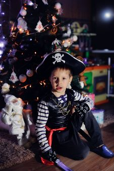 Free The Boy The Pirate Royalty Free Stock Image - 28400616