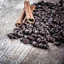 Free Coffee And Cinnamon Stock Photography - 28409682