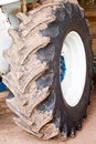 Free Tractor Wheel And Wheel Hub Stock Photography - 28415672