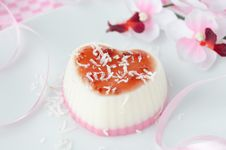 Free Two-layer Dessert With Coconut Creamin The Form Of Heart Closeup Stock Photography - 28420202