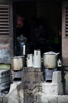 Free Poor Asian People S Kitchen Royalty Free Stock Photos - 28420828