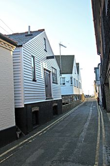 Free Narrow Lane Harbour Cottages Royalty Free Stock Images - 28424889