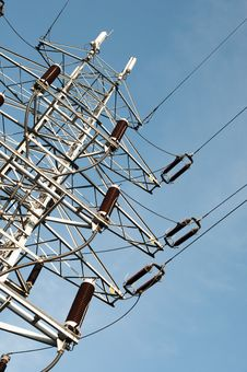 Free Power Line Royalty Free Stock Images - 28428759