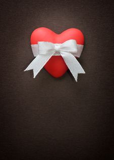 Free Heart With Bow Stock Images - 28434124