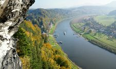 Free The Elbe In Saxony, Germany Royalty Free Stock Photography - 28466637